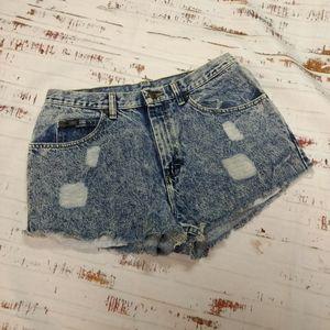 Vintage Lee high rise cut off mom  jean shorts